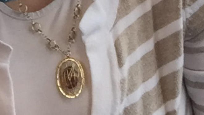 A necklace among the jewelry reported stolen from Arya Rabinovits house in Ramapo. He's offering a $2,000 reward for return of his wife's property.