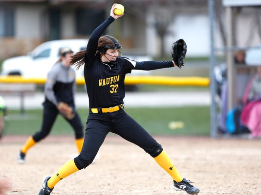 635956571200124092-FON-040716-waupun-vs-kewaskum-softball-dr0046.jpg