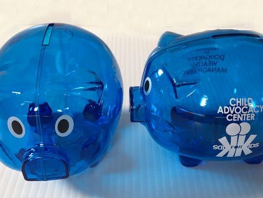636217164388819415-pig-piggy-banks.jpg