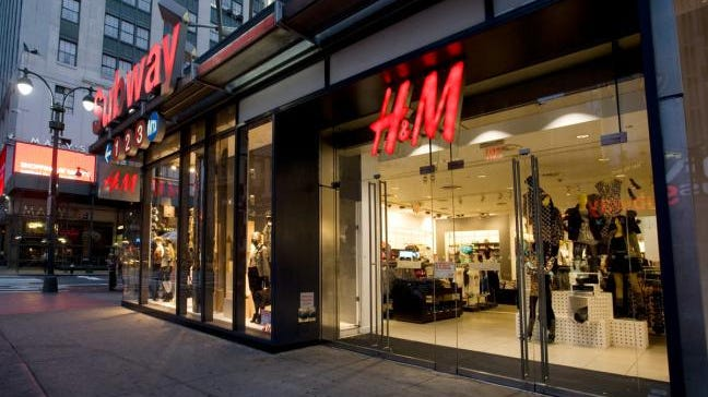 Global fashion retailer H&M is the first announced tenant for retail space at Fifth + Broadway in downtown Nashville.