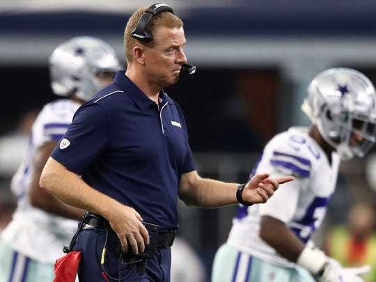 ARLINGTON, TEXAS - OCTOBER 06: Head coach Jason Garrett of the Dallas Cowboys reacts to a call in the game against the Green Bay Packers at AT&T Stadium on October 06, 2019 in Arlington, Texas. (Photo by Ronald Martinez/Getty Images)