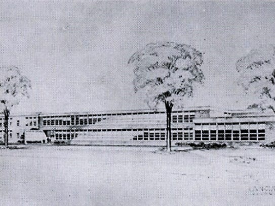 The 1952 addition brought students from Kindergarten