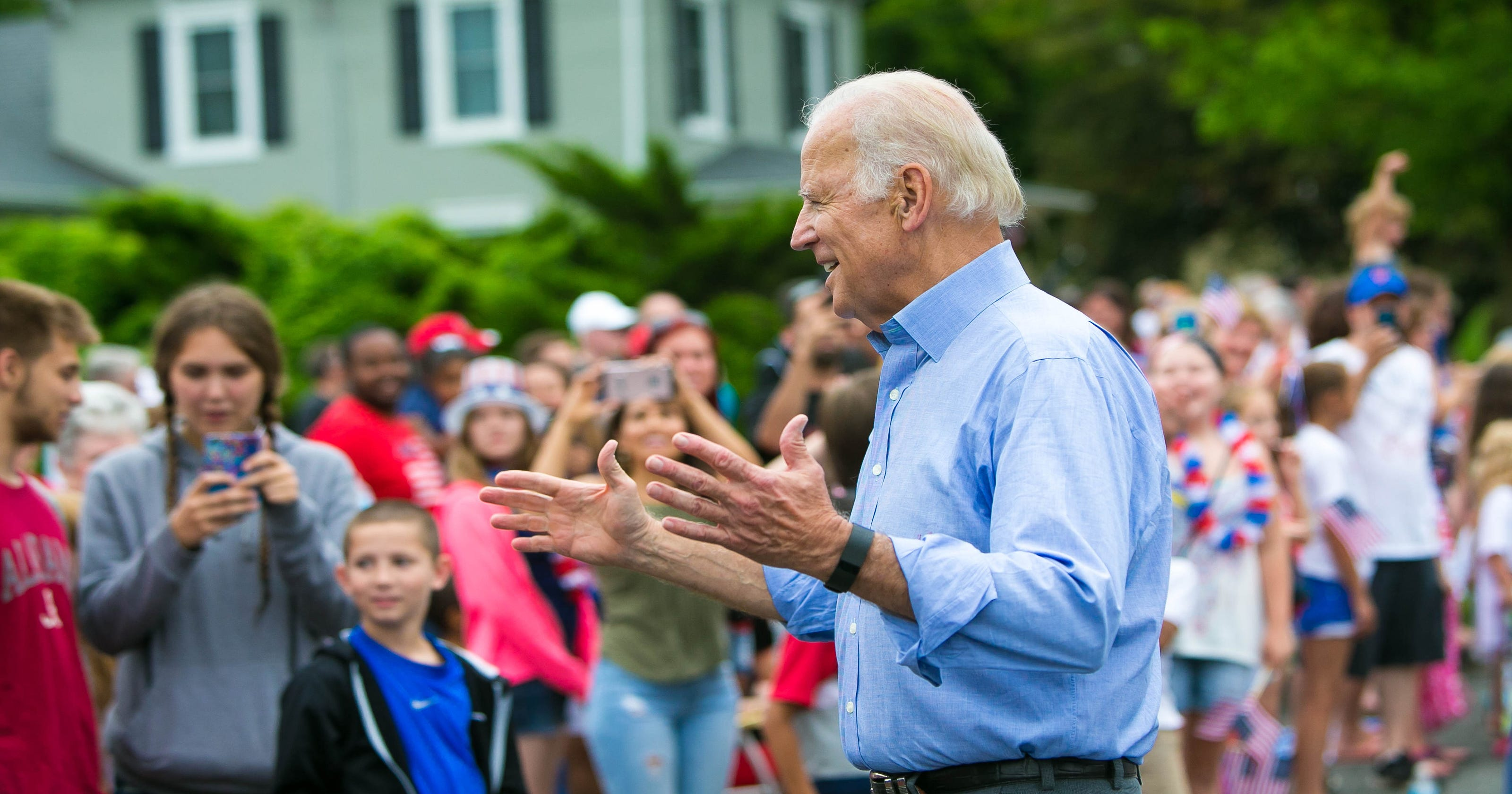 Amid threat of rain, Biden returns for July Fourth parade