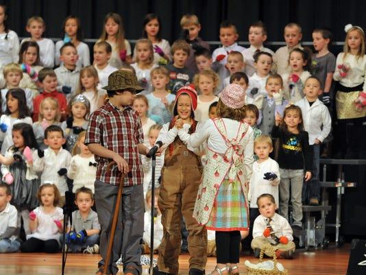 121814pr COS Conesville Christmas Concert-1.jpg