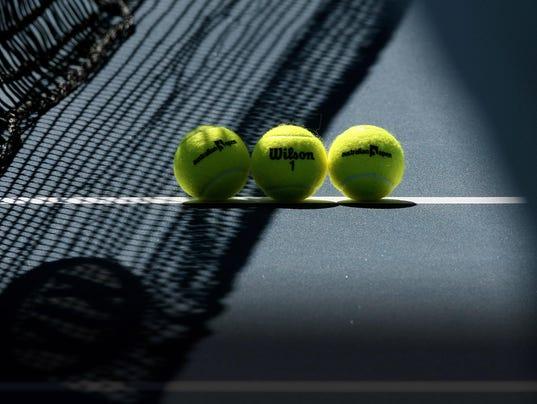 2013-12-23 tennis balls on court