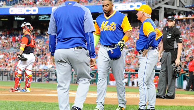 Yoenis Cespedes after suffering his right hamstring strain on Aug. 25