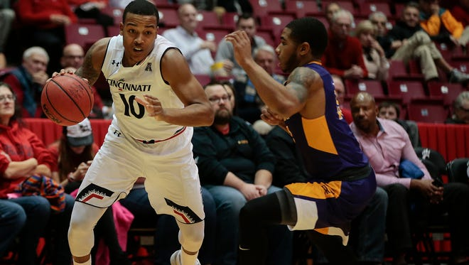 Cincinnati Bearcats guard Troy Caupain (10) drives to the basket in the first half during the college basketball game between the Albany Great Danes and the Cincinnati Bearcats, Monday, Nov. 14, 2016, at Fifth Third Arena in Cincinnati.