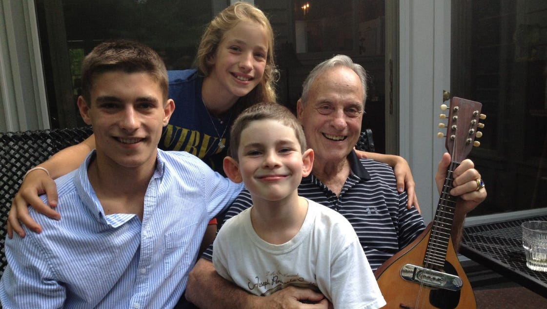 636064358882610392-thumbnail-dad-7.6.13-with-grandkids