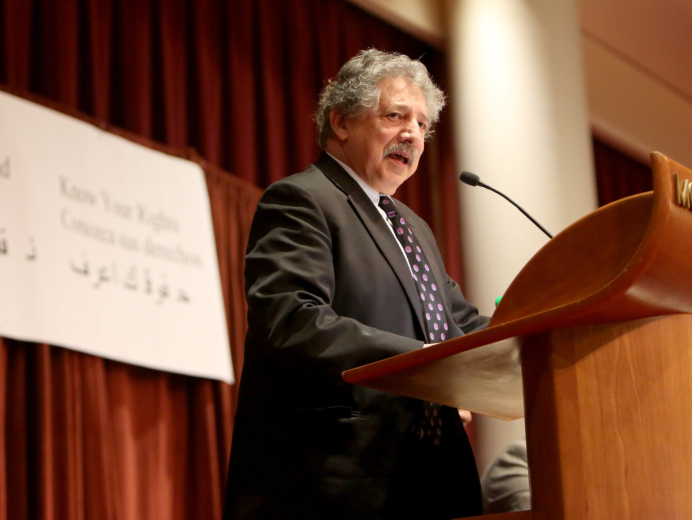 Madison Mayor Paul Soglin addresses about 2,000 people