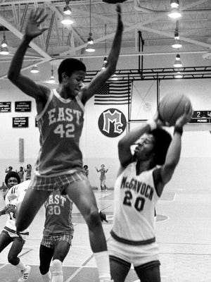 Spencer Richardson (42), who was an outstanding basketball player at East High School in the 1970s, was found dead in the Cumberland River on Saturday.