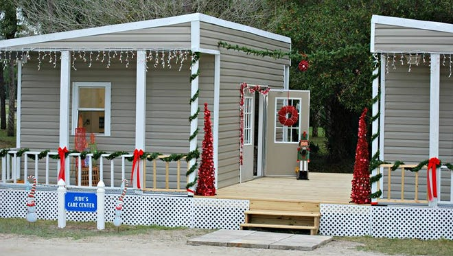 The Caring Fields Felines Medical Care Center decorated for Christmas. The medical center is air conditioned, but the cattery isn't.