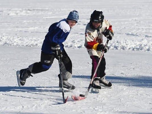 635877790590800490-ice-skating.jpg