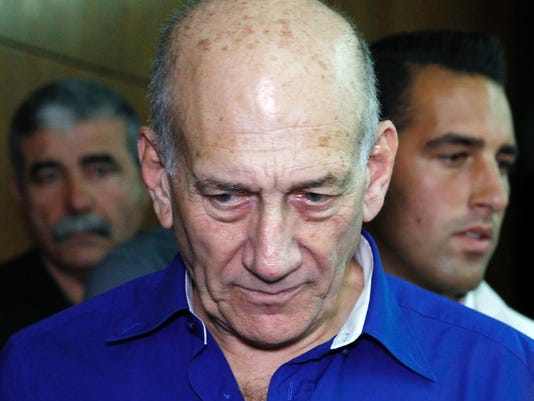 Ex-Israeli PM Olmert goes to prison