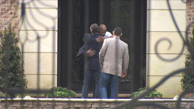 Vikings coach Mike Zimmer and general manager Rick Spielman went to visit with Adrian Peterson on Wednesday.