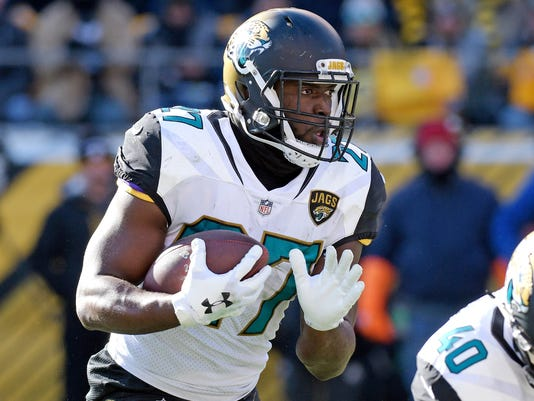 Jaguars_Fournette_Football_12059.jpg