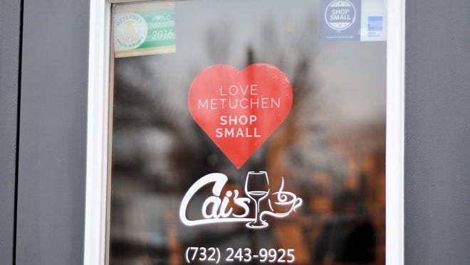 """This Valentine's Day, Metuchen Downtown Alliance has love on its mind with its """"Love Metuchen – Shop Small"""" promotion. Stop by participating businesses with a designated heart in their window to participate in a contest to win a $100 gift certificate to a local business."""