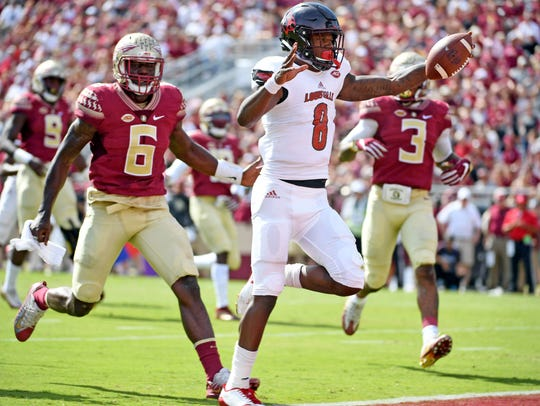 Lamar Jackson runs for a touchdown in Louisville's 2017 win over Florida State.
