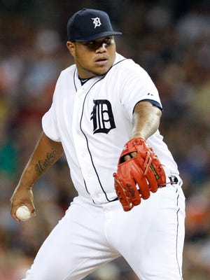 Jun 26, 2015; Detroit, MI, USA; Detroit Tigers relief pitcher Bruce Rondon (43) pitches during the eighth inning against the Chicago White Sox at Comerica Park. Tigers beat the White Sox 5-4.
