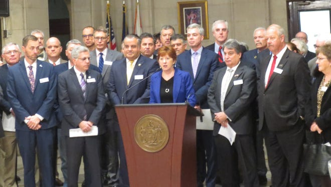 Albany Mayor Kathy Sheehan leads a group of mayors at Albany City Hall on Monday, Nov. 13, 2017, in opposing a proposed elimination of state and local tax deductions.