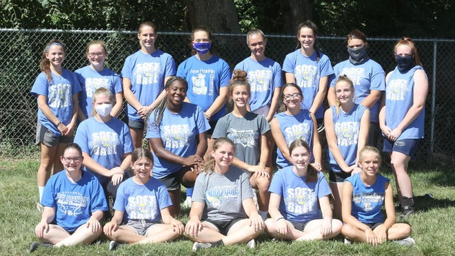 NEW FRANKLIN SOFTBALL TEAM (front row, left to right)Gracie Martin, Katie Hunter, Sophia Held, Natalie Wiseman and Ella Oser. (second row, left to right) Heaven-Lee Hundley, Kelsi Fair, Addy Salmon, Kaylen Sprick and Abby Maupin. (back row, left to right) Madelyn Chaney, Annie Benner, Dakota Clark, Izy Matney, Alexia Sprick, Carly Dorson, Kayce Hundley and Jayna Matthews. Not pictured is Madison Painter.