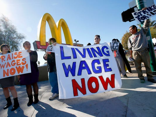 AP FAST FOOD PROTESTS A F USA AZ