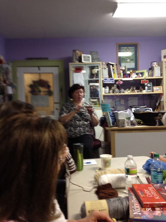 Annie Modesitt taught a class on Color Knitting at Knit a Bit that I thoroughly enjoyed.