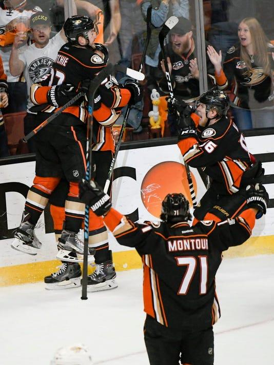 USP NHL: STANLEY CUP PLAYOFFS-NASHVILLE PREDATORS S HKN ANA NSH USA CA
