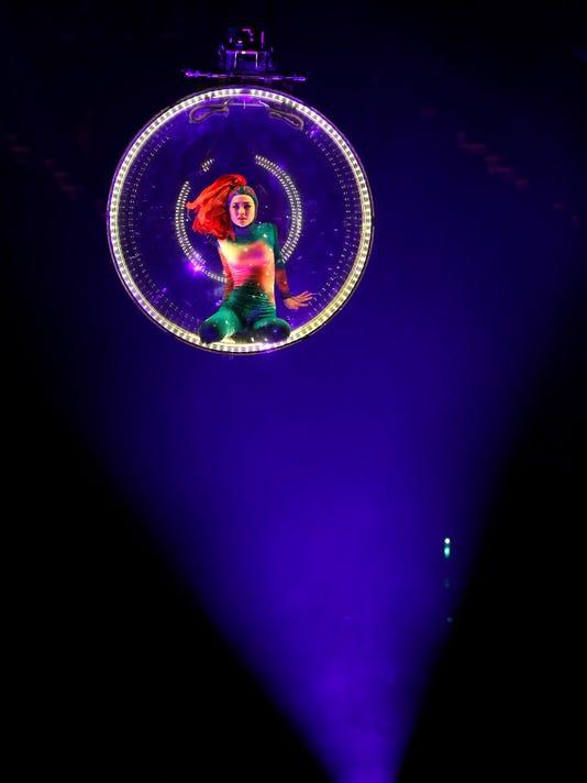 636312155083320498-circus.JPG