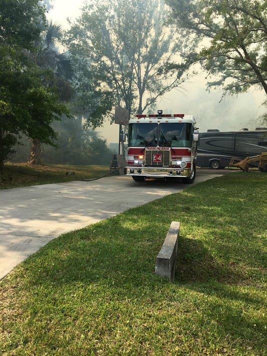 Brush fire on Paris Avenue