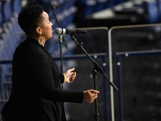 Tamica Harris will sing the Canadian national anthem prior to the Predators' home opener on Tuesday.