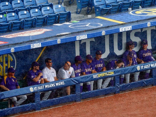 SEC_LSU_Arkansas_Baseball_91014.jpg
