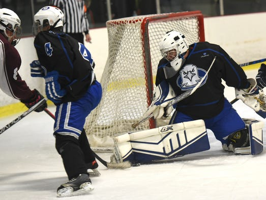Lakeland Eagle goalie Austin Gogola keeps a right pad