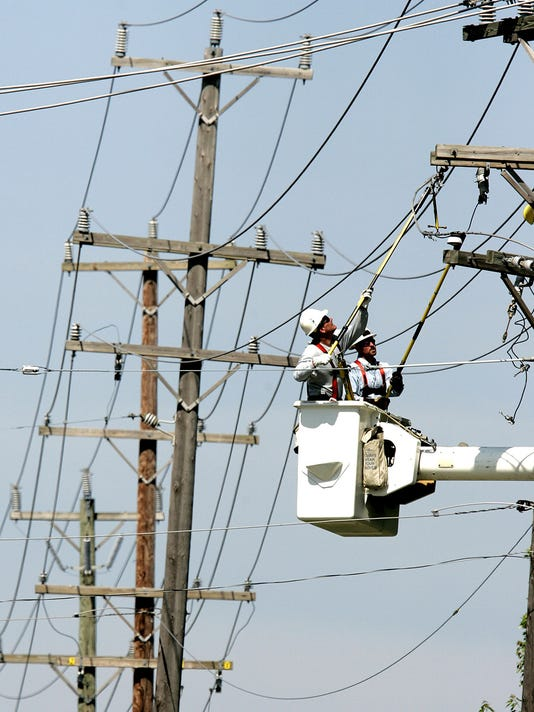 636610412391690373-power-lines.jpg