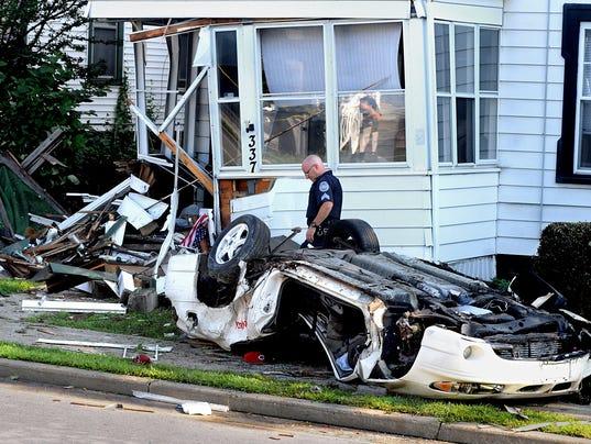 -SA_Car_Crash_Church_1.jpg_20140711.jpg