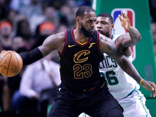 LeBron_&_The_Celtics_Basketball_86236.jpg