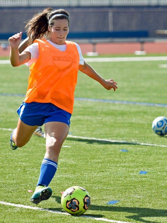 CPO-MWD-081616-soccer-practice