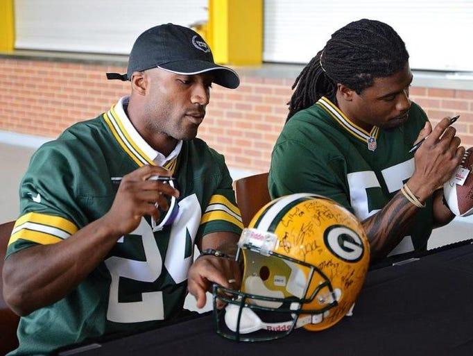 The Green Bay Packers hosted the annual Jerry Parins Cruise for Cancer event on Saturday, June 14. The event featured a motorcycle ride and non-riding fans had a chance to attend the post-ride party at Lambeau Field's Festival Foods MVP Deck.