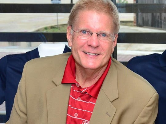 Lyn Rollins will receive the Distinguished Service Award in Sports Journalism at the Louisiana Sports Hall of Fame induction June 30 in Natchitoches.