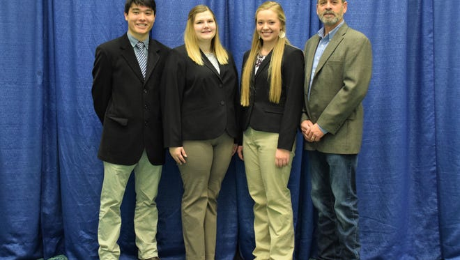 The Manitowoc County 4-H senior livestock judging team, pictured, represented Wisconsin at the North American International Livestock Expo in Louisville, Kentucky, Nov. 14.
