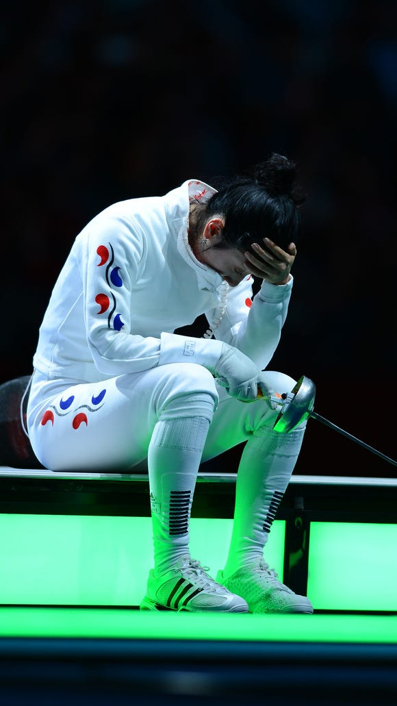 USP OLYMPICS: FENCING-WOMEN'S EPEE INDIVIDUAL SEMI S OLY GBR