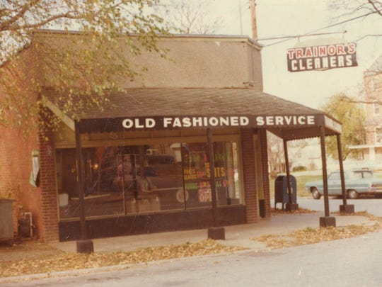 This is what the building looked like in 1975.