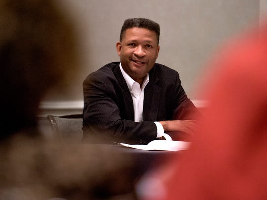 Artur Davis speaks to the Executive Board of the Alabama