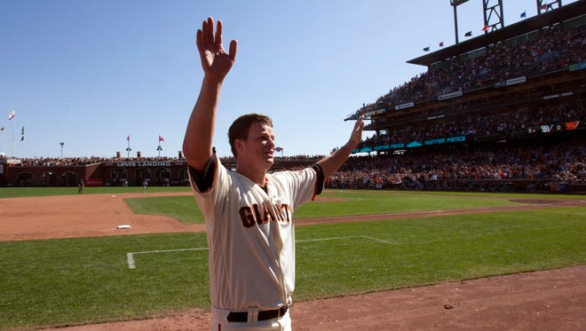 Matt Cain acknowledges the cheers of the crowd in his final start.