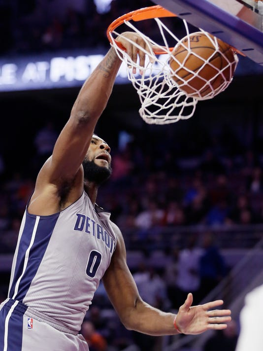 Andre Drummond dunk