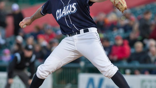 BlueClaws starting pitcher Shane Watson. The Lakewood BlueClaws vs Greensboro Grasshoppers.Lakewood, NJ Friday, April 15, 2016@DhoodHood
