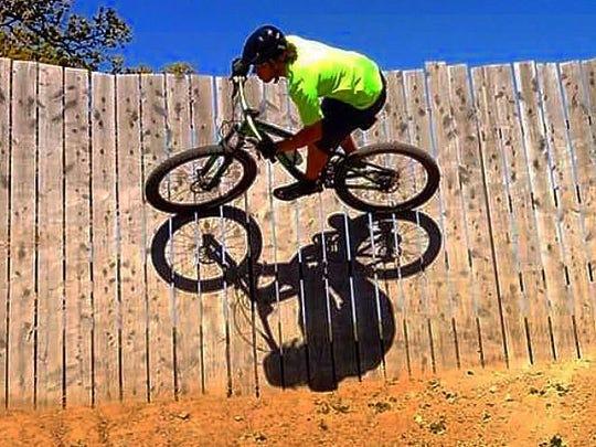 IMG_Jesse_on_Wall_Ride_1_1_N9BQ4OP5.jpg_20150904.jpg