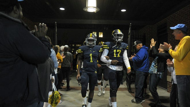 Eric Gray (1), Sky Forrest and Lausanne look for their 25th consecutive victory against Franklin Road Academy in the Division II-AA playoffs Friday.