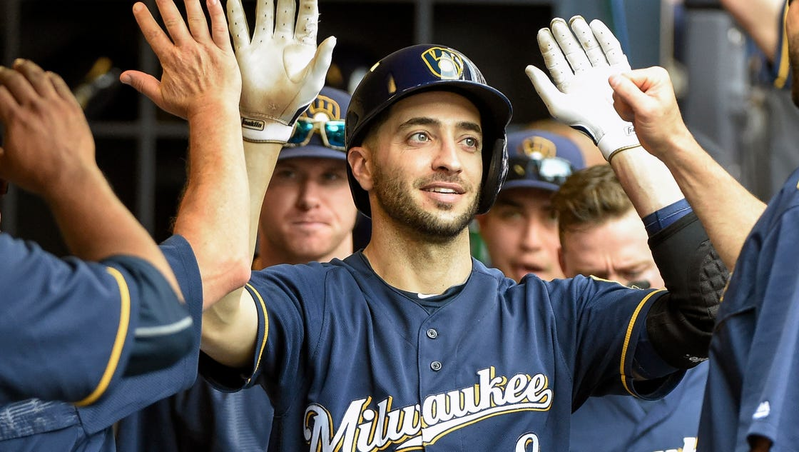 636167129448923803-ap-reds-brewers-baseball