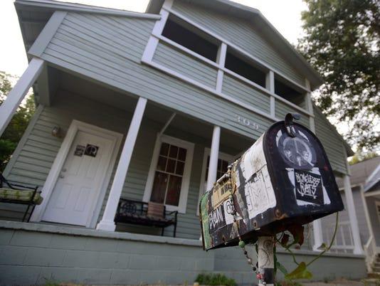 636415299485528216-309-Punk-House-2.jpg