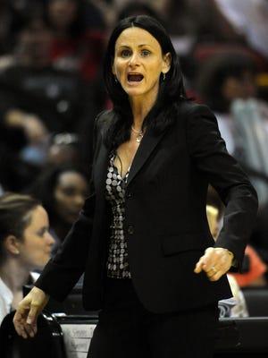 New Mercury coach Sandy Brondello faces Phoenix during her coaching days with San Antonio.